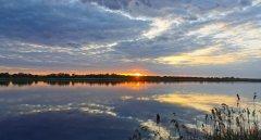 Бурштынское водохранилище в Ивано-Франковской области-1