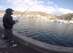 Морская рыбалка в Балаклавской бухте в Крыму-1