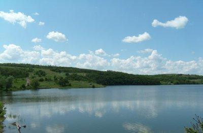 Каменское водохранилище в Луганской области-1