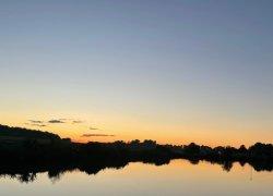 Рыбалка на озере Озеро «aFrame»