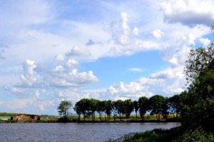 Озеро в Руданцах Львовской области