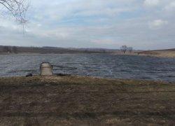 Рыбалка у села Опришени в Черновицкой области-1
