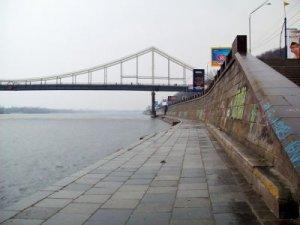 Рыбалка на Набережной в Киеве Киевской области-1