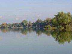 Рыбалка на озере в с. Cаливонки Киевской области-1