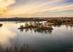 Рыбалка у села Базальтовое в Ровенской области-1
