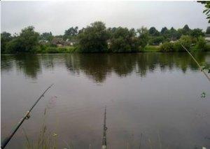 Рыбалка у села Бечаль в Ровенской области-1