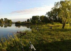 Рыбалка у села Грановка в Ровенской области-1