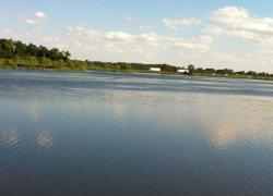 Рыбалка у села Заречное в Ровенской области-1