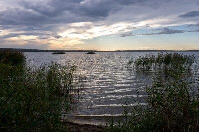 Рыбалка на Яворовском карьере в Львовской области-1